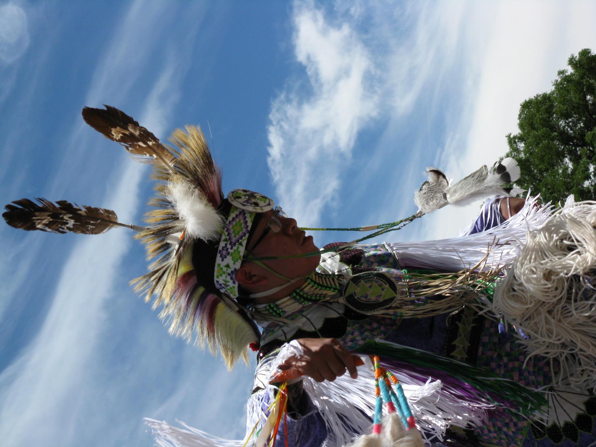 http://stormrunneraz.tripod.com/navajo71.jpg